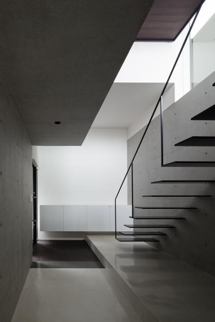 シースルー階段 スケルトン階段 ストリップ階段 リビング階段 採光